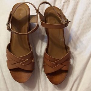 BAMBOO Shoes - Wooden high heels